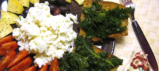 bruschete cu Kale photo