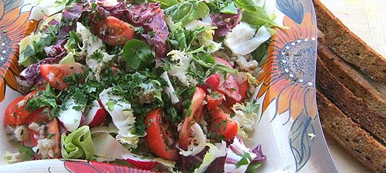 salata cu cod si ciuperci photo