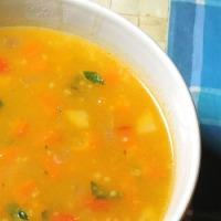 Supa de legume cu boabe de mei