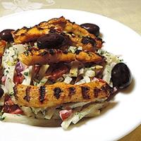 Salata de gulii cu piept de pui la gratar