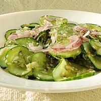 Salata de castraveti cu susan