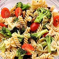 Salata de legume cu paste